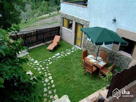 casa da giardino casa in affitto in una propriet 224 privata a futani iha 24504
