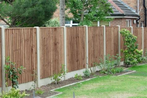 Garden Fences Ideas Pictures Garden Ideas Along Fence Home Interior Design