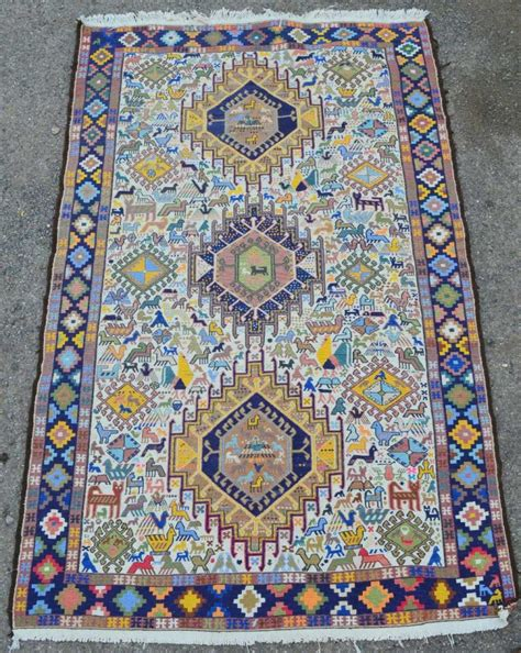 llama rugs from peru peruvian knotted llama wool rug decorated with animals