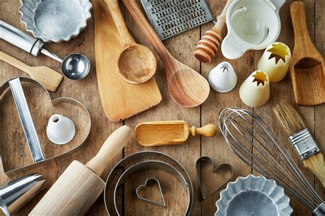 Top 8 Necessary Baking Tools in Your Home Kitchen