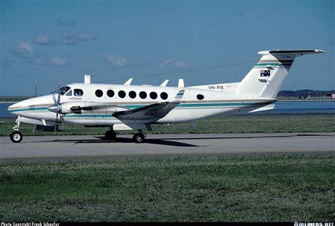 beechcraft king air 350 beech king air 350 b300 pearl aviation