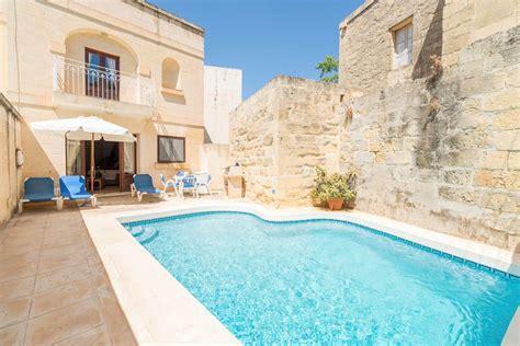 2 bedroom suites near busch gardens ta gozo villas ta battista three bedroom villa jet2villas