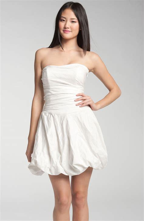 Schlichte Kurze Brautkleider by White Wedding Dress Bitsy