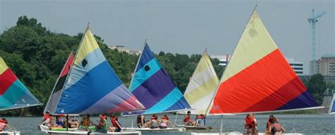 sailing boat lessons adult sailing lessons boating in dc
