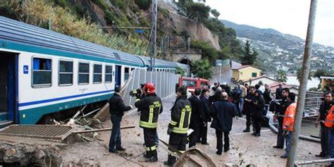 ultime notizie melito di porto salvo allerta meteo situazione difficile a reggio treni nel
