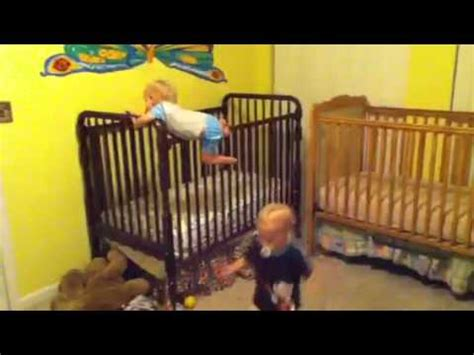 13 Month Climbing Out Of Crib by Climbing Out Of Cribs 21 Months Doovi