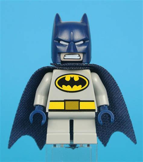 Lego 76069 Mighty Micros Batman Vs Killer Moth Heroes review 76069 mighty micros batman vs killer moth
