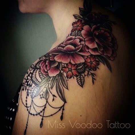 voodoo tattoo instagram inspiratie voor uitbreiding rug schouder tattoo tattoos