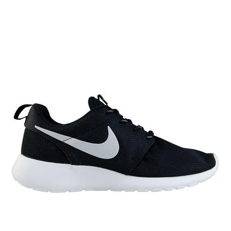 imagenes de zapatillas en blanco y negro tenis nike mujer blancos con negro