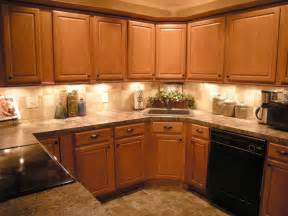 Kitchen Ideas With Oak Cabinets by Oak Cabinet Backsplash House Furniture