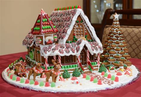 Gallery A Gingerbread House In Simply Creative Gorgeous Gingerbread Houses