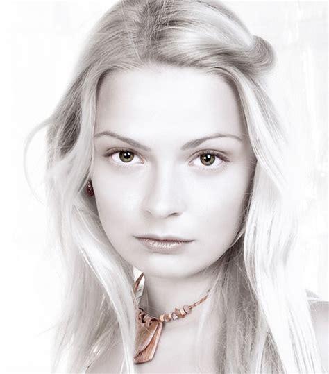 beauty retouching tutorial photoshop cs5 virtual plastic surgery 40 photoshop beauty retouch