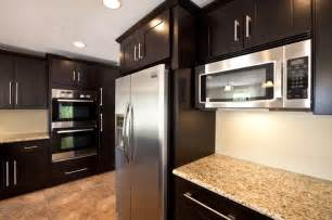 espresso cabinets with granite discover and save creative ideas