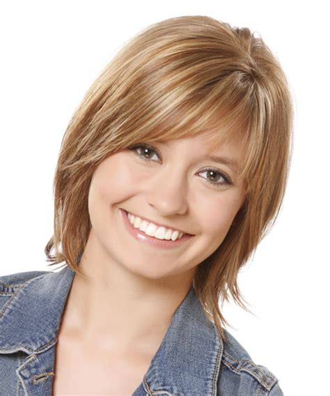 casual hairstyles for medium thin hair medium straight casual hairstyle with side swept bangs