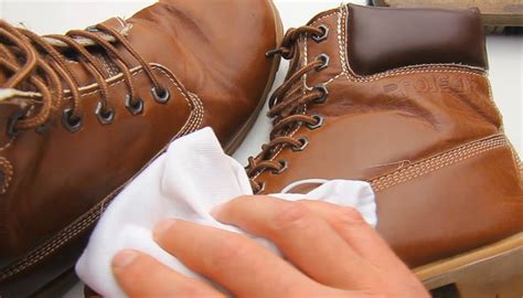 how to shine leather boots smart home keeping