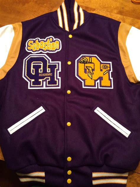 College Varsity Letter Jackets custom chenille letterman jacket patches