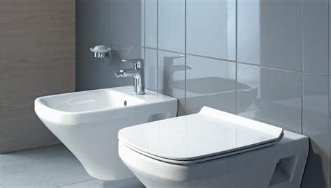 bidet z klapą sedes z bidetem w jednej łazience praktyczne rady jak