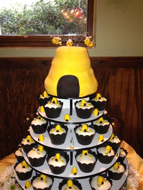 Bee Decorations For Cakes by 160 Best Images About Bumble Bee Theme Baby Shower On Themed Baby Showers