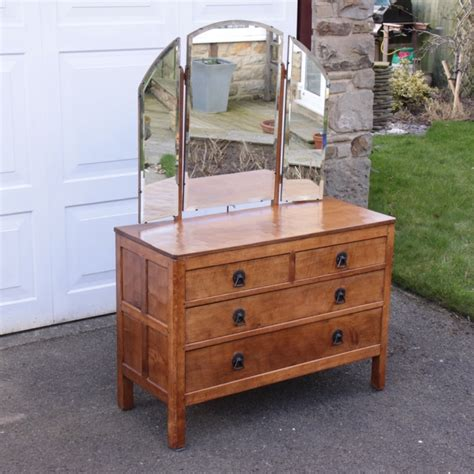 Dressing Table With Chest Of Drawers by Martin Lizardman Dutton Oak Chest Of Drawers Dressing