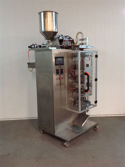 Juice Dispenser Second second machine liquid sachet machine with 2 lines