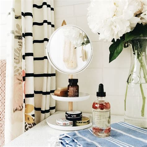 bathtub outfitters urban outfitters blog uo guide get organized bath