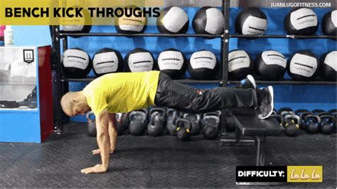Bench Kick Out 19 oblique exercises that should be in your routine