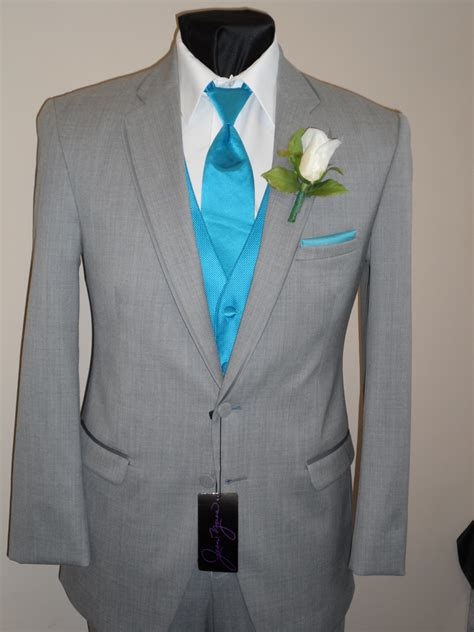best suit colors wedding dresses tuxedos same difference wedding