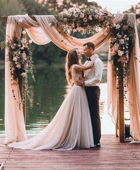 Trending 30 Boho Chic Wedding Ideas for 2018   Oh Best Day