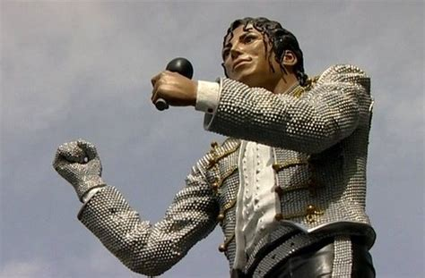 Craven Cottage Michael Jackson by Fulham Fc S Michael Jackson Statue To Be Removed From