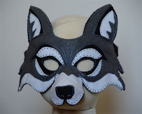 printable mask of a wolf wolf mask template