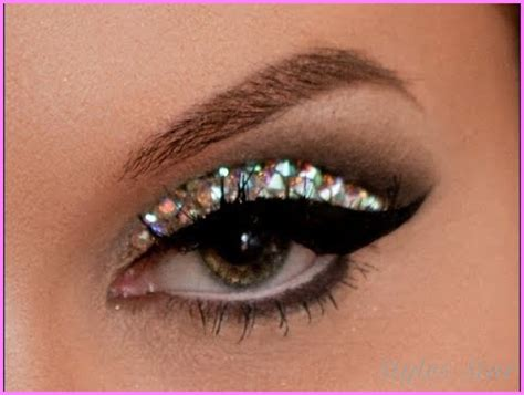 Yay Or Nay Mineral Makeup by Glitter Makeup Yay Or Nay Stylesstar