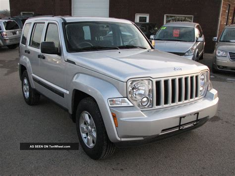 jeep liberty 2012 2012 jeep liberty right drive rhd postal will trade ship