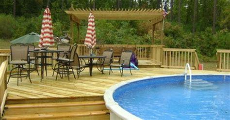 multi level wood deck   ground swimming pool