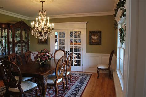 Pictures Of Dining Rooms With Wainscoting by Custom Wainscoting Dining Room Pictures Great Ideas