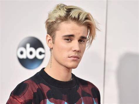 justin bieber justin bieber rants about quot hollow quot award shows we think he meant quot shallow quot newscult