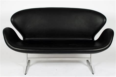 Arne Jacobsen Sofa by Arne Jacobsen Swan Sofa Swan Sofa By Arne Jacobsen For