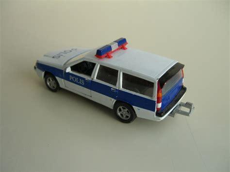 Lu Brio solved volvo 850 polis by hongwell brio junior driver