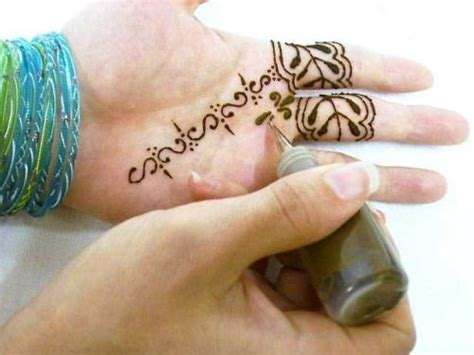 henna tattoo bottle henna tatto 10 handpicked ideas to discover in other