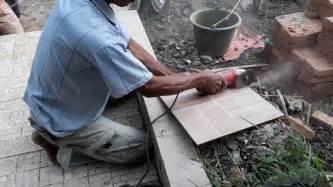 Mesin Dremel cutting ceramics tile with dremel saw max how to cutting ceramic tile