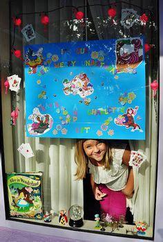 1000 ideas about disney window decoration on