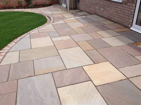 Indian Sandstone With Marshalls Tegula Setts And Kerbs Indian Patio Design