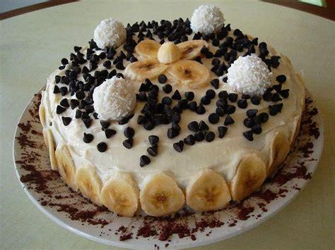 yas pasta tarifleri yas pasta nasil yapilir renkli pasta sepeti yaş pasta nasıl yapılır