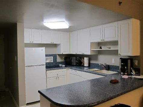 hotels with kitchens in waikiki this is the picture of ilikai hotel luxury suites honolulu tripadvisor