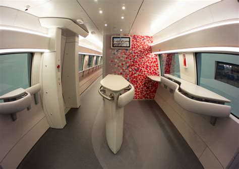 amtrak reveals snazzy interior   acela express trains