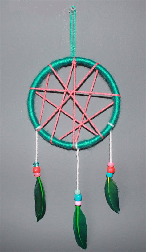How To Make A Paper Dreamcatcher - gorgeous diy dreamcatchers