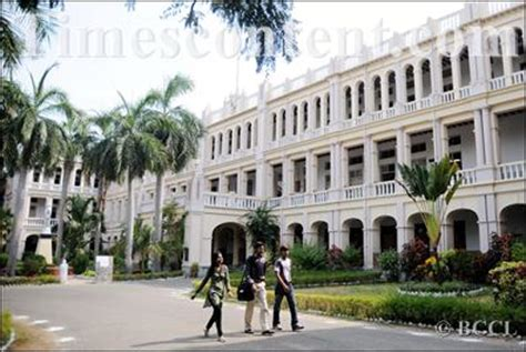 Mba Courses Offered In Loyola College Chennai by Loyola College Feature Photo Loyola College In Chennai