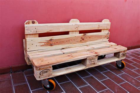 panchina fai da te in legno panchina di bancali faidate tutorial divano di pallet