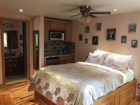 Tub Cottages Morrison by Cliff House Lodge And Tub Cottages Pensione Morrison
