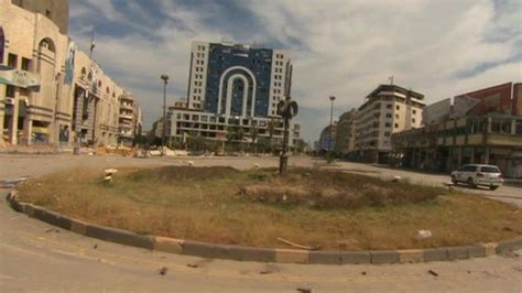 Syria Lingling By Goest 1 inside homs syrian ghost town divided and destroyed