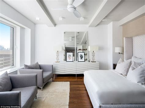 4 bedroom apartment nyc keith richards lists new york city apartment for 12 23m 2